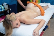 Sexy Sweet Blonde Girl Alexa Grace Is Seduced And Fucked Hard By Her Massage Therapist - Picture 6