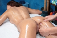 Cute Redhead Ariana Marie Seduced And Fucked Hard By Her Massage Therapist - Picture 7