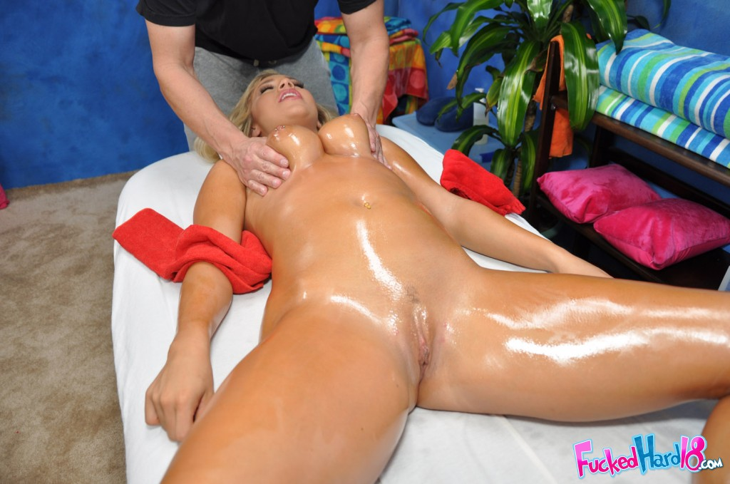 image Kelly gets fucked by big dick
