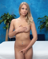 Sweet Blonde Girl Lacy Johnson Seduced And Fucked Hard By Her Massage Therapist - Picture 5